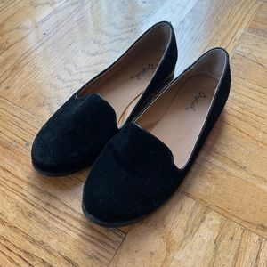Qupid suede black flats loafers
